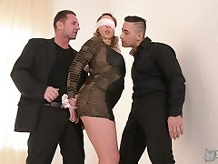 Blindfolded fat bottomed Victoria Summers is fucked by two aroused studs