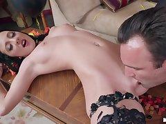 The kinkiest halloween sex with Alex Legend & Selena Stone