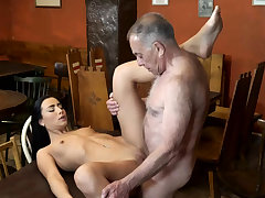 Papa fuck anal and young kissing first time saw his