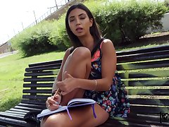 Outdoor fucking in a public place with amateur chick Frida Sante