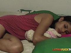 Morning Facial for Titillating Young Amateur Latina Teen