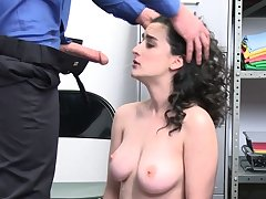 Blue shoplifter is possessions punished!