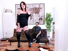 Tattooed matured slut Lily-rose Ray drops cut-offs to ride a prick