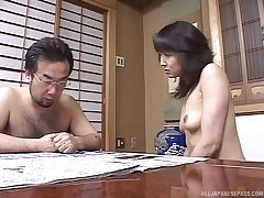 Dick sucking leads to passionate shagging with a shy Asian GF