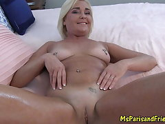 Sexy Milf Teases then Oils Concerning be incumbent on a Pussy Pounding